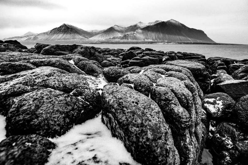 火山岩是酸性还是碱性为什么火山岩石大受欢迎